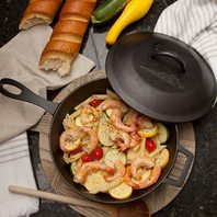 Bayou Classic 7445 Cast Iron Covered Skillet, 5 Quart