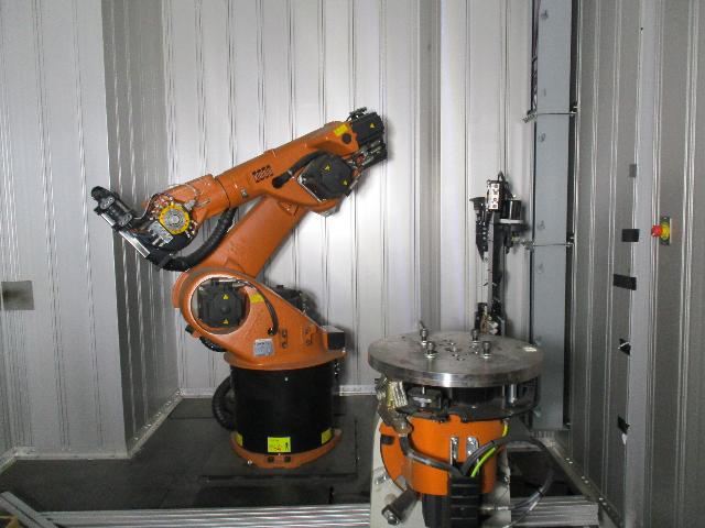 New Kuka Robot KR30HA Cabinet KRC4 NA, Controller, DKP400 positioner + SP-006F