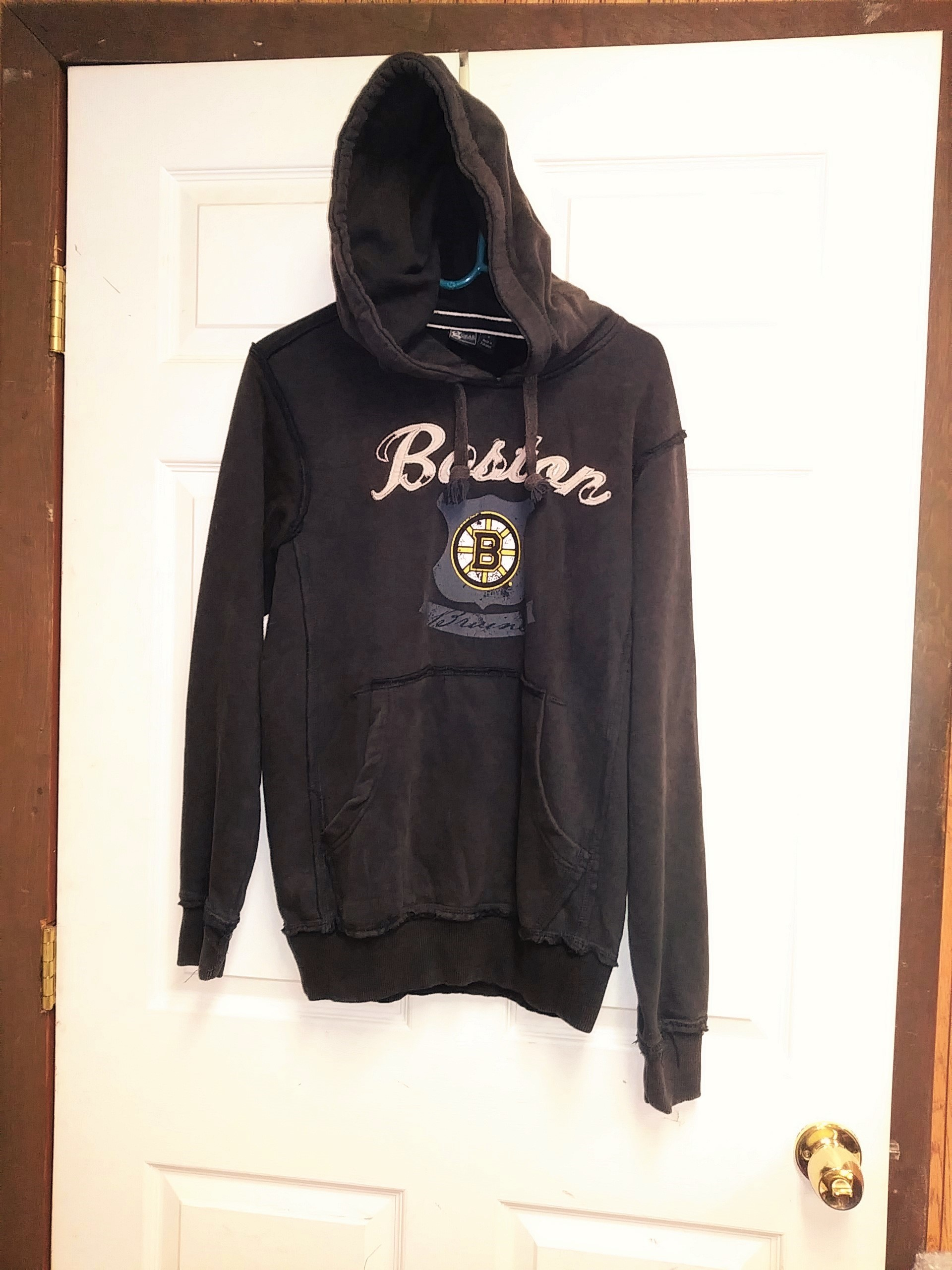 edbf33694 ... Gear For Sports Distressed Brown Boston Bruins Pullover Hoodie Size S  Hockey NHL ...