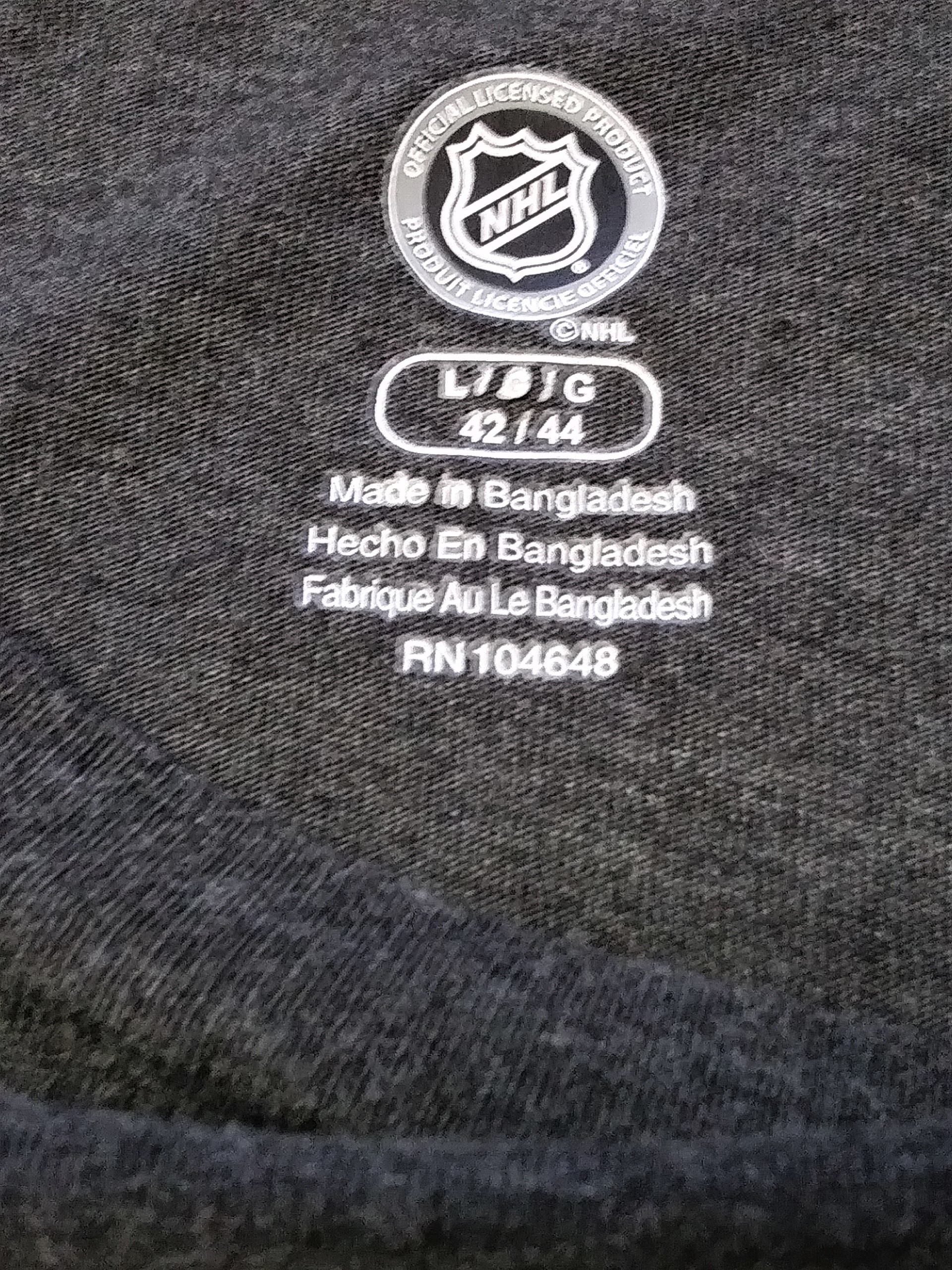 ... Knight s Apparel Charcoal Gray Detroit Red Wings T-Shirt Sz L 42-44 NHL  ... 1679b0a5c
