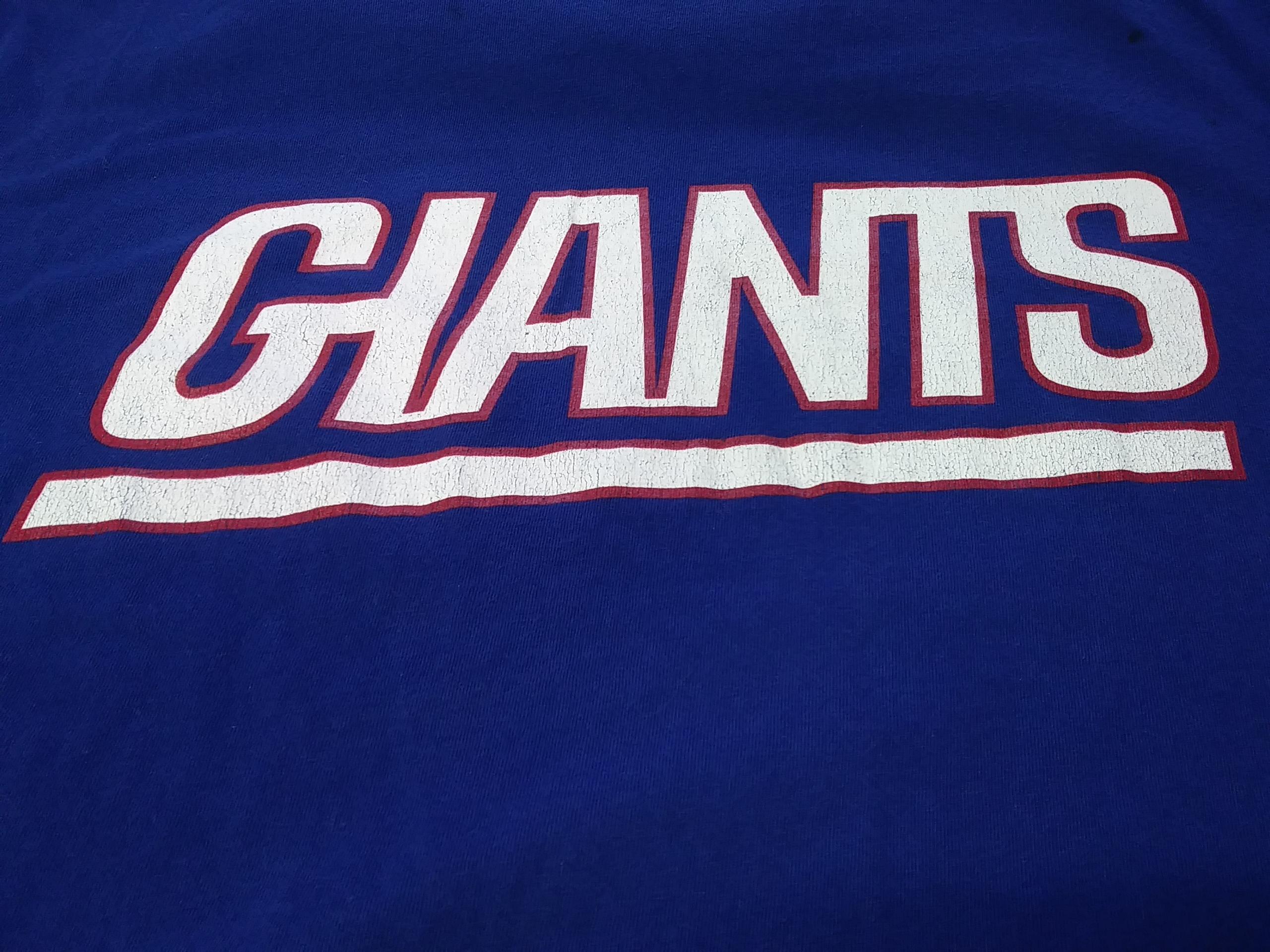 2275db114 NFL Team Apparel Blue New York Giants Graphic T-Shirt Size L Football