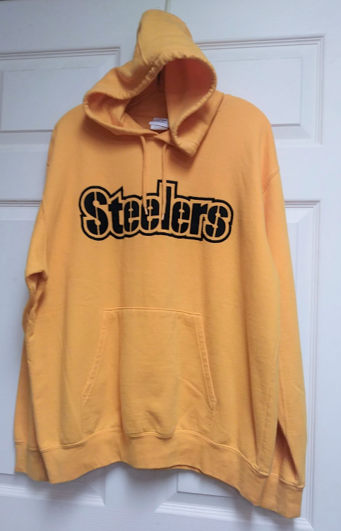 wholesale dealer ebd82 b07c0 NFL Team Apparel Yellow Pittsburgh Steelers Pullover Hoodie Size L Football