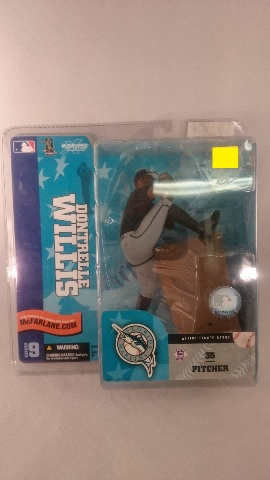 2004 Dontrelle Willis McFarlane Action Figure Debut MLB Series 9 Florida Marlins