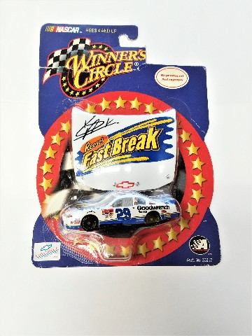 2002 Winner's Circle Autographed Hood 1:64 #29 Kevin Harvick/Reese's Fast Break