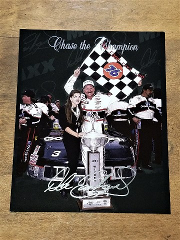 1995 Maxx Chase the Champion #7 Dale Earnhardt/Teresa Earnhardt Jumbo 8x10 Card
