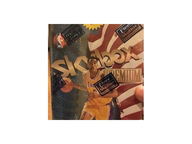 1998/1999 Skybox Premium Series 2 Basketball 9 Pack Box(Sealed)