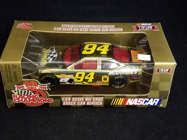 1999 Racing Champions 1:24 Bill Elliott #94 Service/McDonalds Gold Box NIB /4999