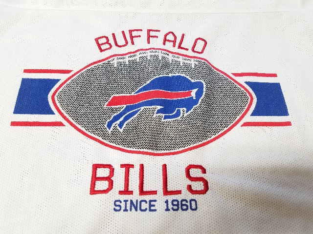 NFL Team Apparel Longer Length White Buffalo Bills Mesh Shirt Jersey Womens XL