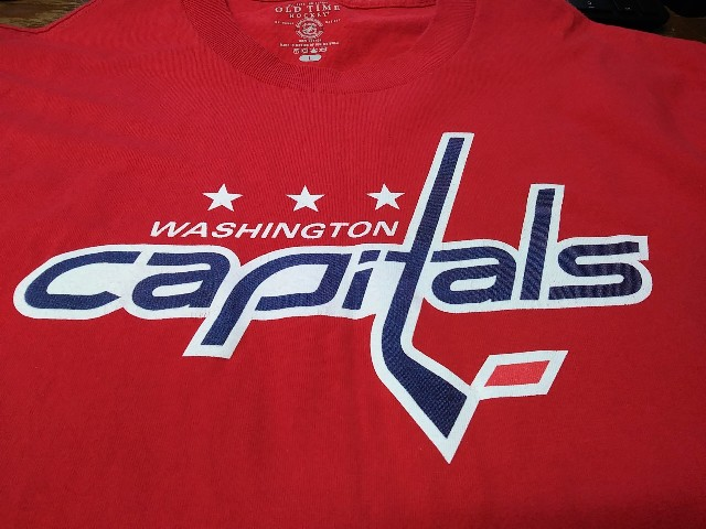 Old Time Hockey Red Washington Capitals Graphic T-Shirt Size L NHL