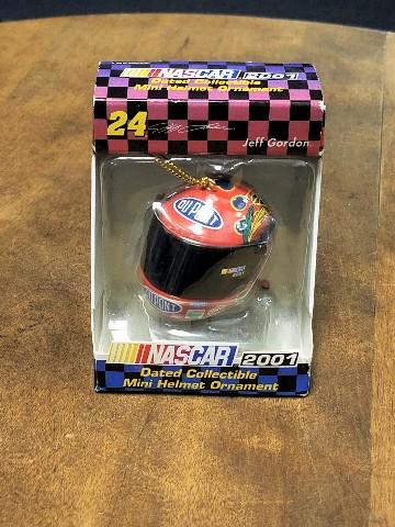 2001 Trevco #24 Jeff Gordon Mini Helmet Christmas Ornament NASCAR NOS