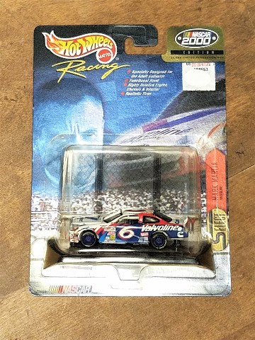 2000 Hot Wheels Select 1:64 #6 Mark Martin/Valvoline NASCAR NOC