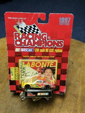 1997 Racing Champions 1:64 #5 Terry Labonte/Kellogg's '96 Champ Diecast NASCAR