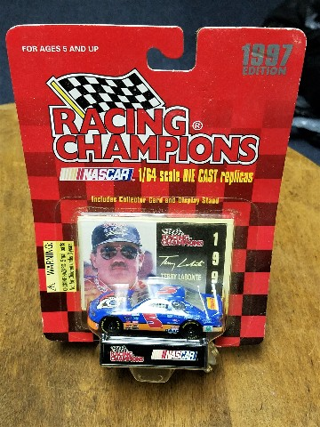 1997 Racing Champions 1:64 #5 T.Labonte/Kellogg's Tony The Tiger NASCAR Diecast