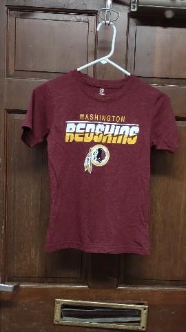 NFL Team Apparel Red Washington Redskins T-Shirt Youth Size M 8/10 Medium