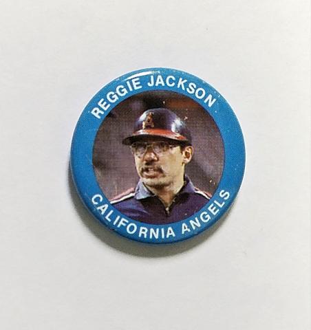 Vintage 1984 FUN FOODS #16 Reggie Jackson California Angels Button Pin