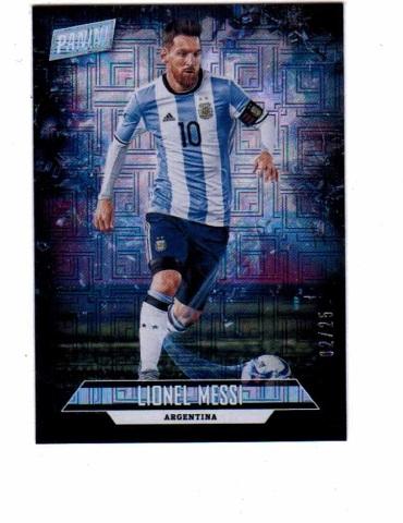 2018 Lionel Messi Panini Father's Day /25