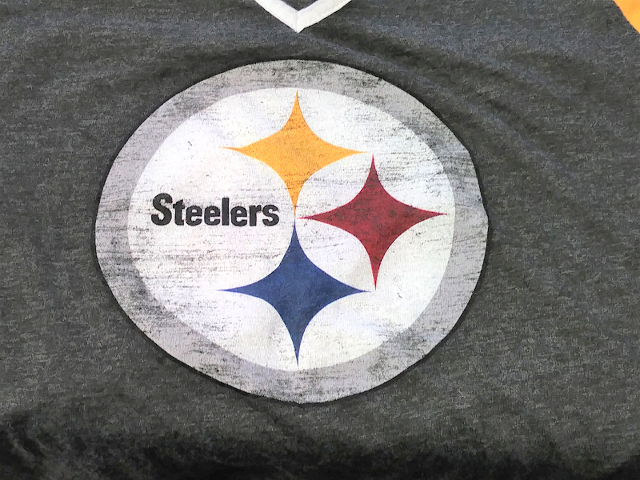 NFL Team Apparel Women's Pittsburgh Steelers Gray Yellow Shirt Size M Football