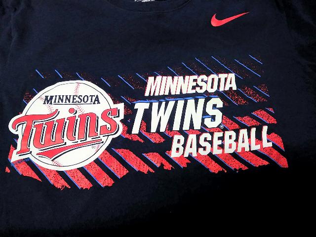 Navy Blue Minnesota Twins Athletic Cut Graphic T-Shirt Sz M Medium MLB Baseball