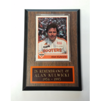 Alan Kulwicki Memorial Remembrance Plaque with 1992 Traks #7 Card