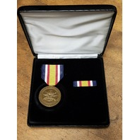 US Combat Service Commemorative Medal Presentation Set