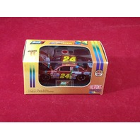 1998 Revell Collection 1:64 Jeff Gordon #24 DuPont Chromalusion /24984 NASCAR