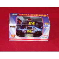 1999 Revell Collection 1:64 Jeff Gordon #24 DuPont Superman /23472 NASCAR