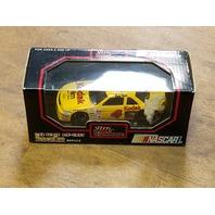 1992 Racing Champions 1:43 #4 Ernie Irvan/Kodak Film Diecast NASCAR