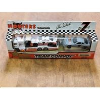 1990-93 Matchbox Super Star Team Convoys 1:64 #7 Alan Kulwicki/Hooters 1993