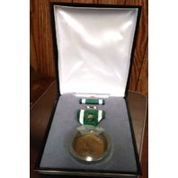 Navy & Marine Corps Commendation Presentation Set - Medal w/ Star, Ribbon, Pin