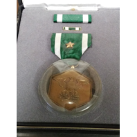 Navy & Marine Corps Commendation Presentation Set - Medal w/ Star, Ribbon, Pin
