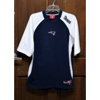 VF Imagewear Blue & White New England Patriots Shirt Men's Size M Medium