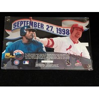1998 Authentic Images Home Run Heroes McGwire & Sosa 24K Gold Signature Card
