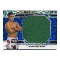 2013 Finest UFC Threads Jumbo Fighter Relics Refractor Blue #JFTLM Lyoto Machida