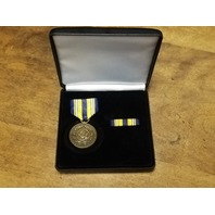 USN United States Navy Service 1775-2000 Commemorative Medal Presentation Set