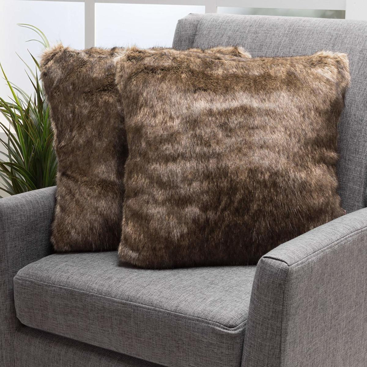 Christopher Knight Home Decor Faux Fur Fabric 18x18x3 Throw