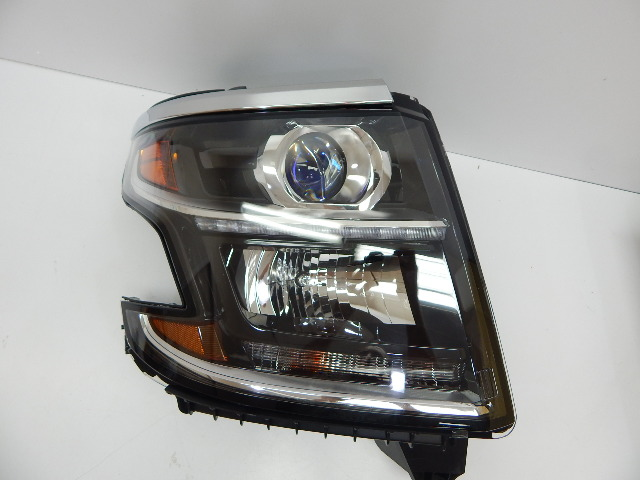 TYC 20-9645-00 OEM 2015+ Chevrolet Suburban Tahoe Rt Headlight Assembly BOX DMG