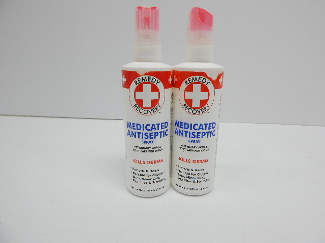 Remedy + Recovery Medicated Antiseptic Spray for Dogs, 8-Ounce, 2 count