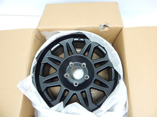 "Pro Comp Alloys Series 05 Wheel with Flat Black Finish (17x8""/5x127mm) BOX DMG"