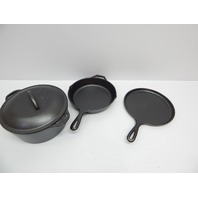 Lodge L4HS3KPLT Cast Iron 4-Piece Cookware Set BOX DAMAGE