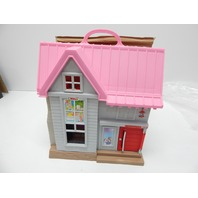 Fisher-Price GGD41 Little People Big Helpers Home DISCOLORATION ON ROOF