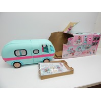 L.O.L. Surprise! 2-in-1 Glamper Fashion Camper with 55+ Surprises BOX DAMAGE