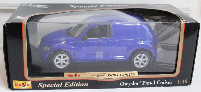 MAISTO / SPECIAL EDITION BLUE CHRYSLER PT PANEL CRUISER 1:18 DIE CAST CAR NIB