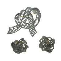 Vintage Clip On Non Pierced Trifari Knot Pin and Earring  Estate Find