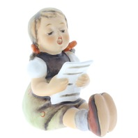 M.I.Hummel Little Girl with Sheet Music figurine by Goebel Hum 389 TM6