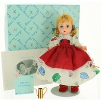 Madame Alexander Doll #11640 - POLLY PUT THE KETTLE ON with box