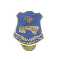 Us Military Hat Lapel Pin 0120 Infantry Unit Crest Virtus Incendit Vires