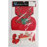 Muffy Vanderbear The Grand Vanderball Tablecloth Chair Cushions Set in Package