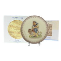 Goebel Hummel #1289 Feeding Time Mini Plate with Stand Annual collector