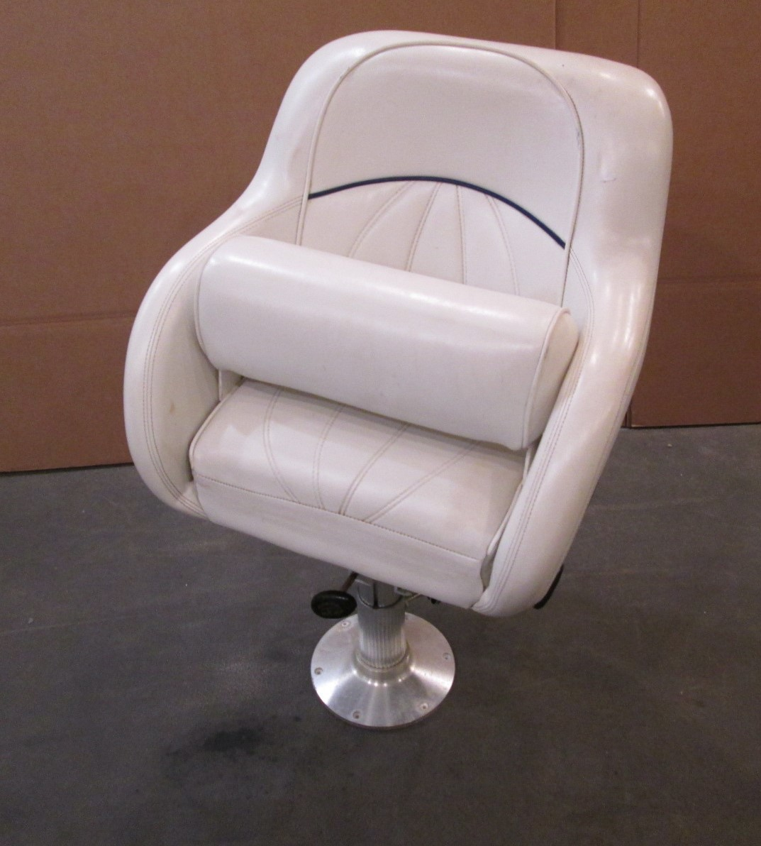 1998 Sea Ray Signature 230 Boat Bolstered Captains Seat