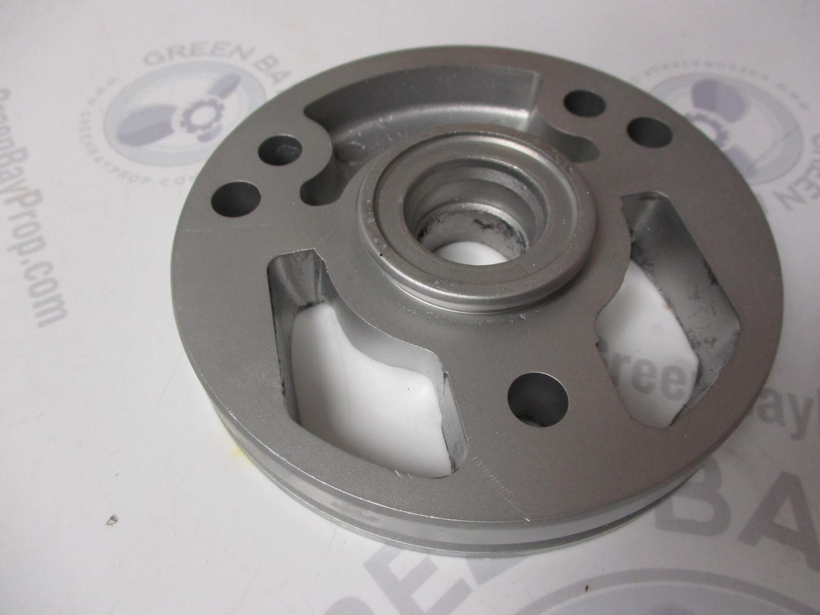 0911699 OMC Cobra Upper Gear Case Water Pump Adapter Seal Housing 1986-1993